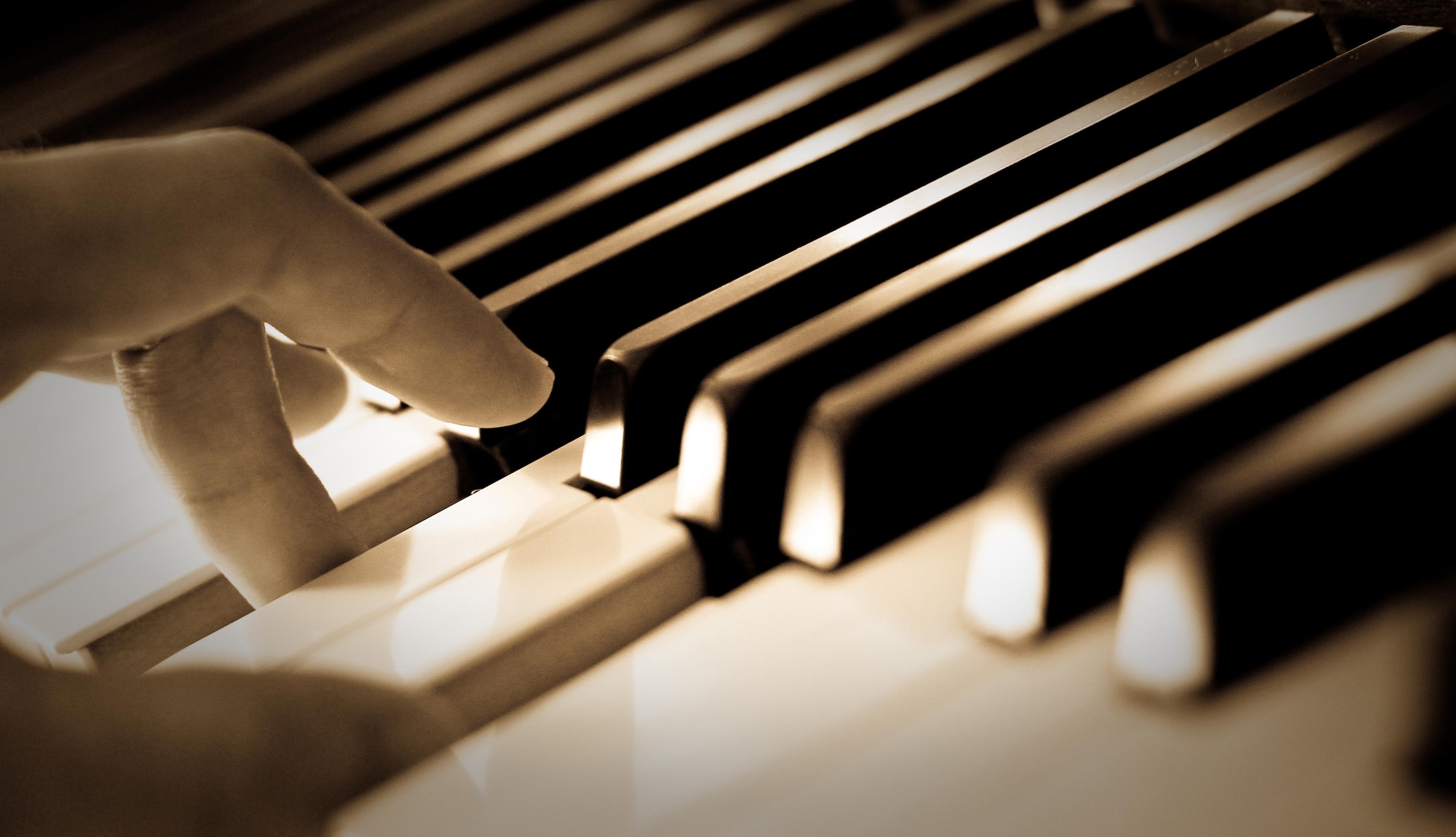 Muzika neturi sienų